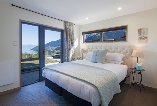 Lake View Retreat Holiday Homes Queenstown